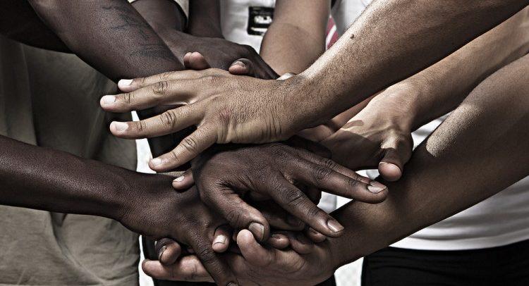 Desigualdade racial não se altera com redução da pobreza, diz Ipea