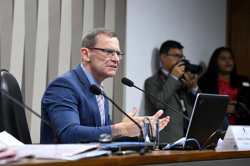 Senador do ES repercute BNC sobre fechamento do Ibama no AM
