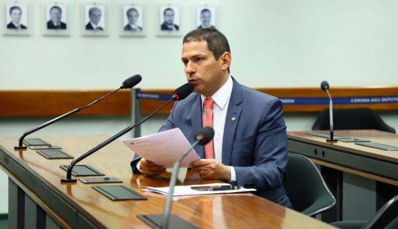 Marcelo Ramos apresenta hoje PEC de reforma sindical