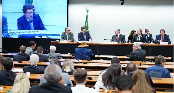 Ministro do Meio Ambiente diz que Fundo Amazônia é inexpressivo