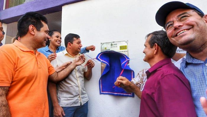 Wilson inaugura em Manicoré hospital construído com verba do FTI
