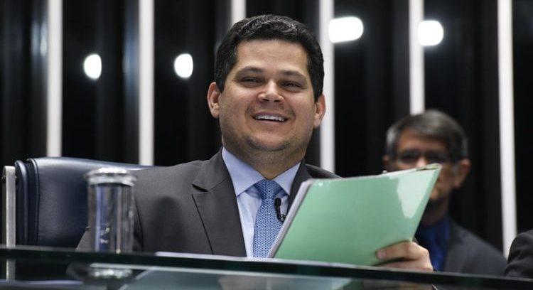 Para Alcolumbre, R$ 1,7 bilhão não dá para bancar eleições de 2020