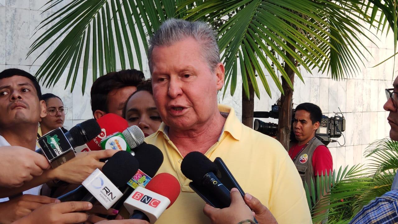Arthur vai a Brasília atrás do dinheiro da Lava Jato