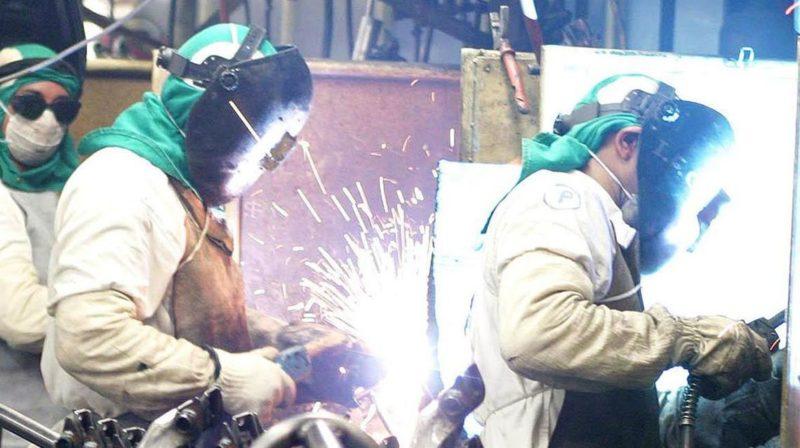 Brasil precisa capacitar 10,5 milhões de trabalhadores industriais até 2023