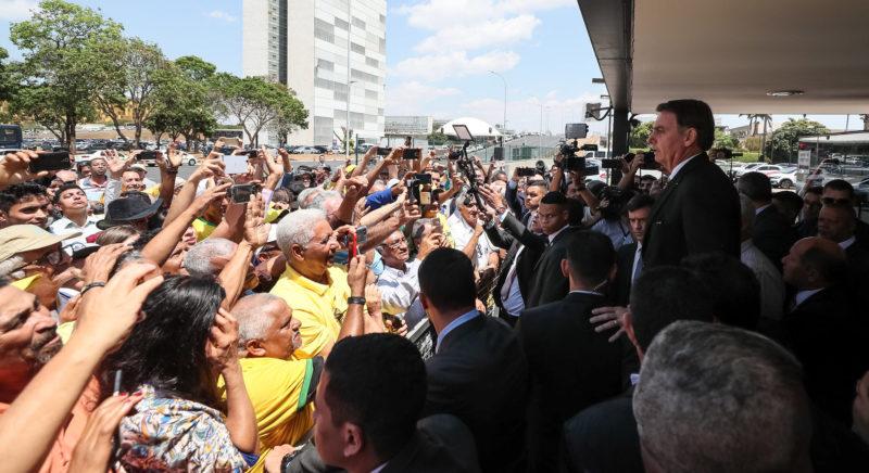 Bolsonaro quer ajudar garimpeiros com militares em Serra Pelada