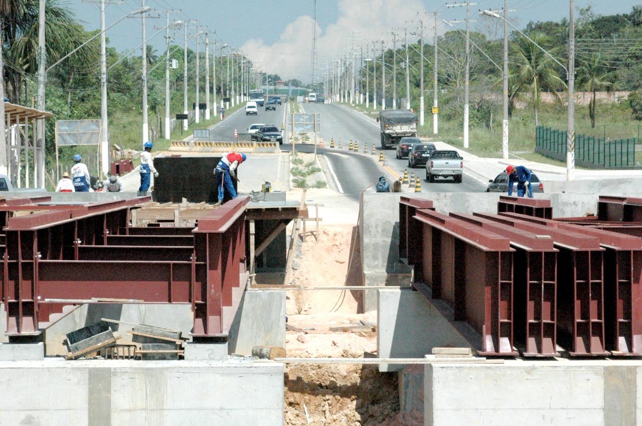 Governo faz licitação de empresa para obras na rodovia AM-10