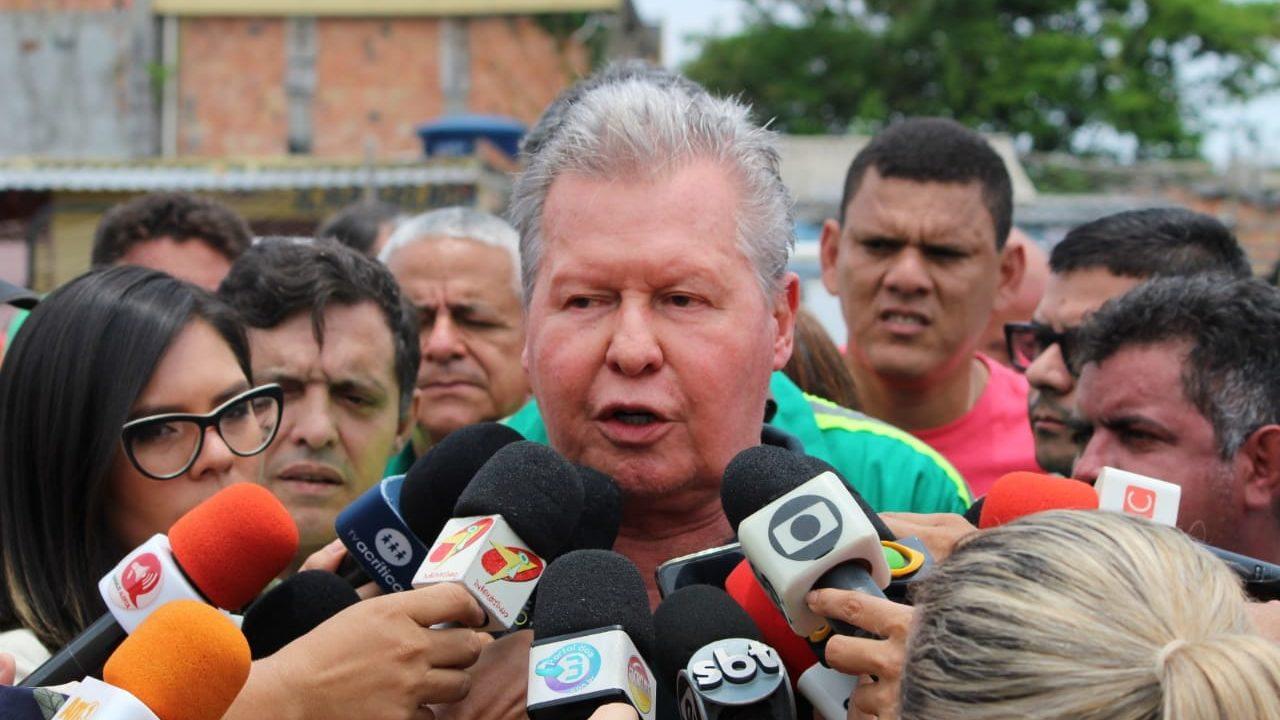 Arthur Neto lança regularização de imóveis de 22 mil famílias