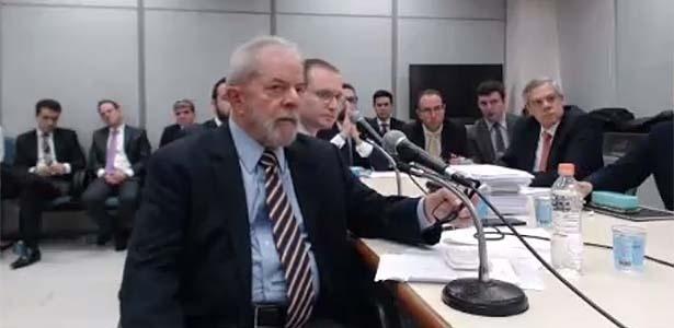 STJ suspende julgamento no TRF-4 que beneficiaria Lula