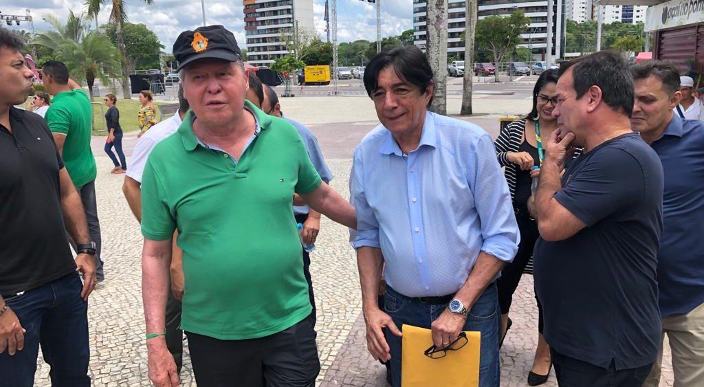 Mário Frota enfrentou cinco cirurgias e um câncer nos últimos três anos