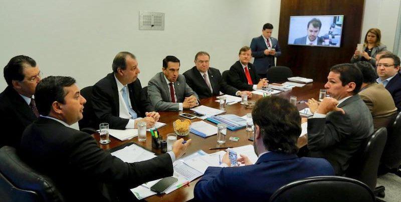 Wilson reúne bancada e comissão da reforma tributária para tratar de ZFM
