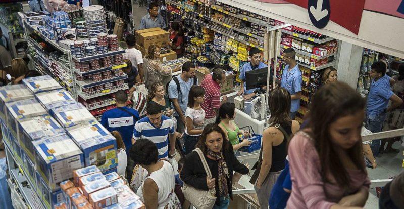 Mercado de trabalho registra alta de 4,6%, indica IBGE