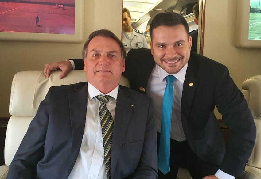 Alberto Neto é único da bancada do AM a apoiar Bolsonaro sobre isolamento