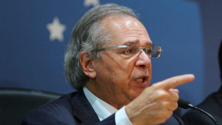Modelo de partilha do petróleo afasta estrangeiros, diz Guedes