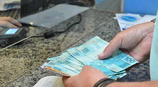 Receita restitui R$ 2,1 bilhões para 1,365 milhão de contribuintes