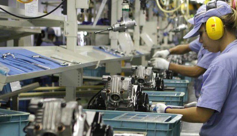 Índice de confiança da indústria atinge maior nível, aponta FGV