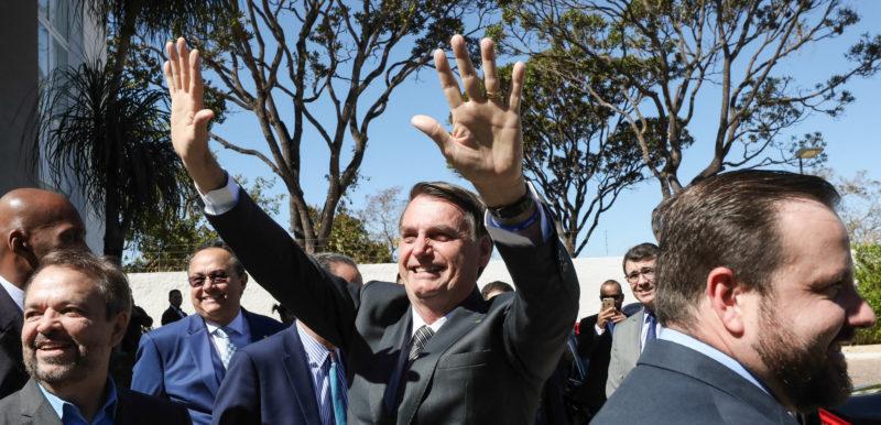 Bolsonaro sanciona orçamento 2020 com fundo eleitoral de R$ 2 bilhões