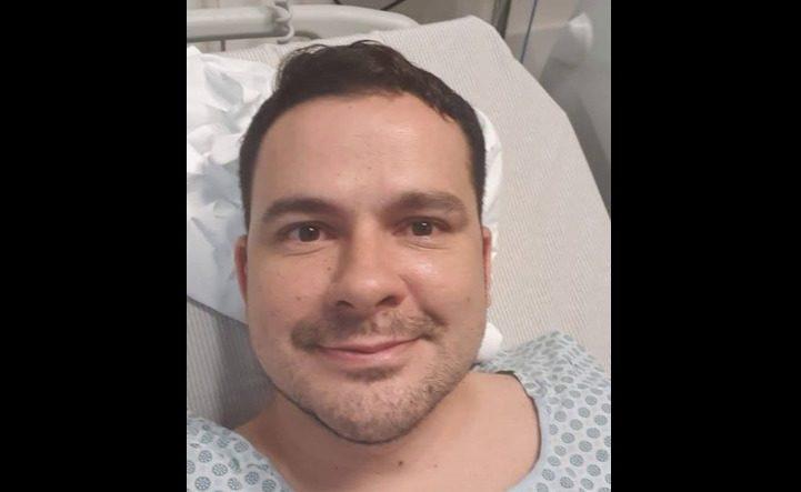 Alberto Neto é internado para cirurgia de urgência