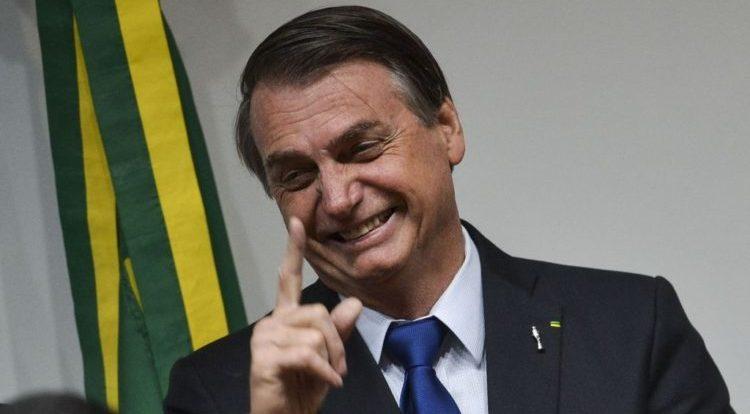 Bolsonaro é submetido à biópsia para saber se tem câncer de pele