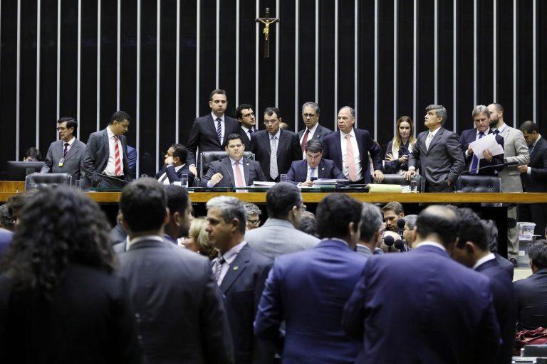 CONGRESSO APROVA R$ 2 BI PARA CAMPANHAS ELEITORAIS 2020, COMO QUIS BOLSONARO