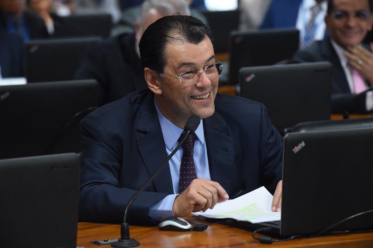 Eduardo Braga acompanha hoje Carlos Almeida em agenda pública