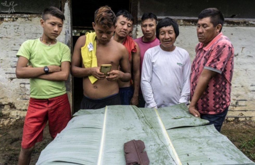 Com chocolate, Yanomami e Ye'kwana reagem a garimpo