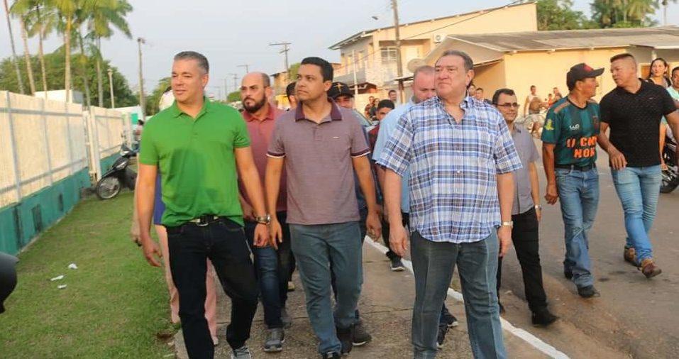 Parlamentares prestigiam Nova Olinda em dias de reforma e festival