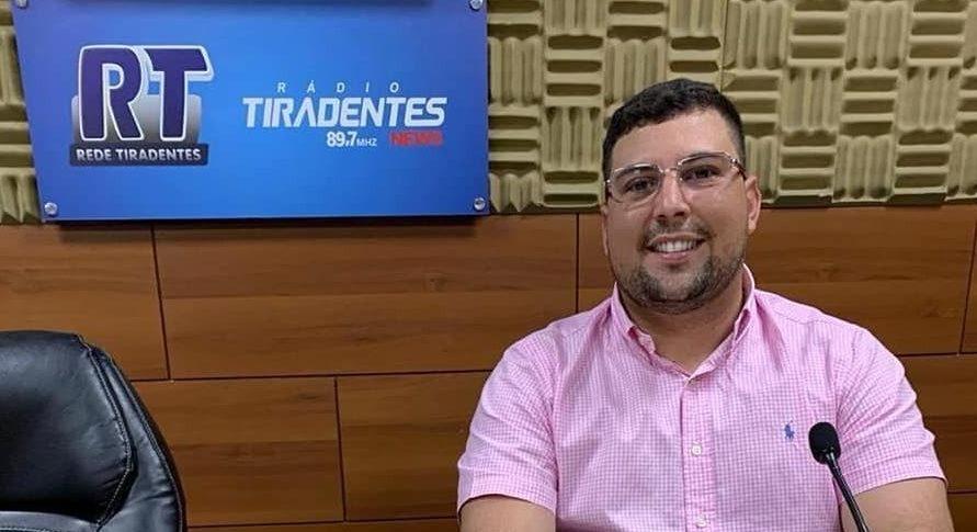 Adail Filho lidera, mas força emergente aparece em Coari