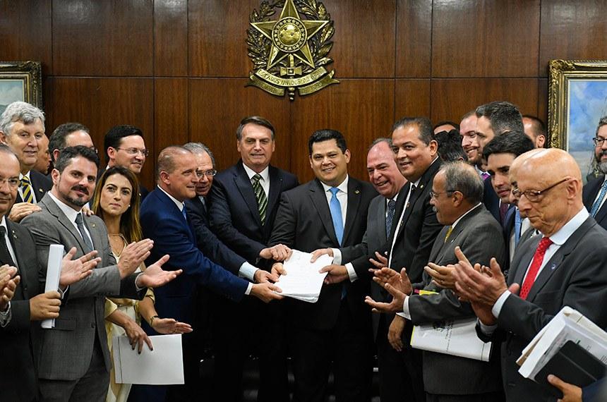 Senado vota plano Mais Brasil no começo de 2020