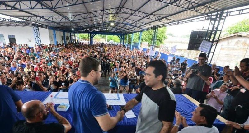 Pescadores em peso fazem encontro com Almeida Filho e Álvaro Campelo