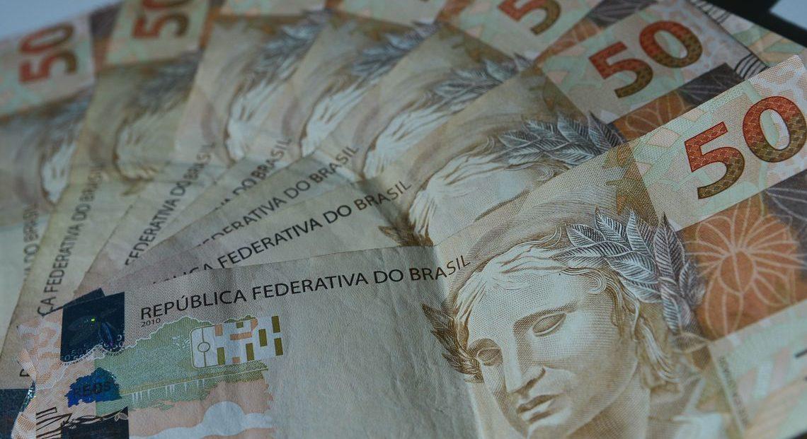 """Pela """"educação financeira"""", bancos dão desconto de até 90% nas dívidas"""