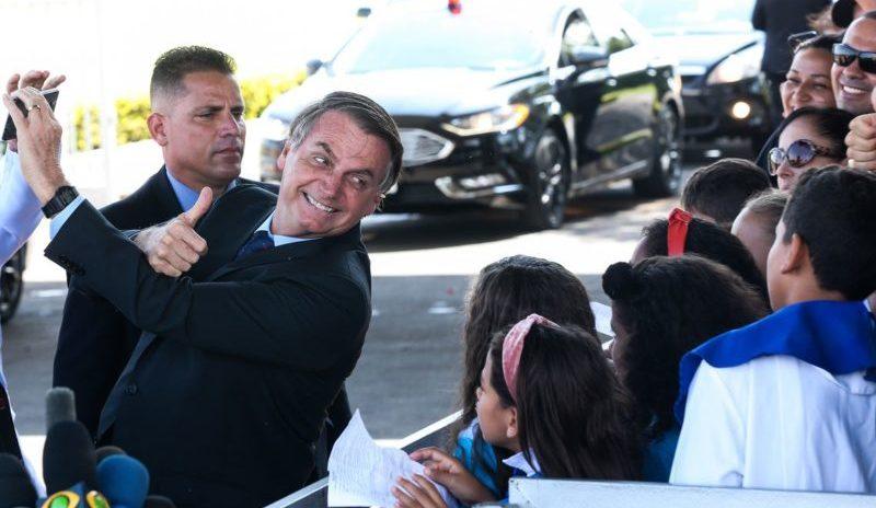 Bolsonaro defende policiais condenados no benefício de indulto natalino