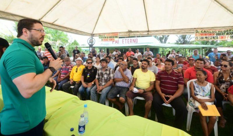 Carlos Almeida anuncia feira e regularização fundiária na zona rural
