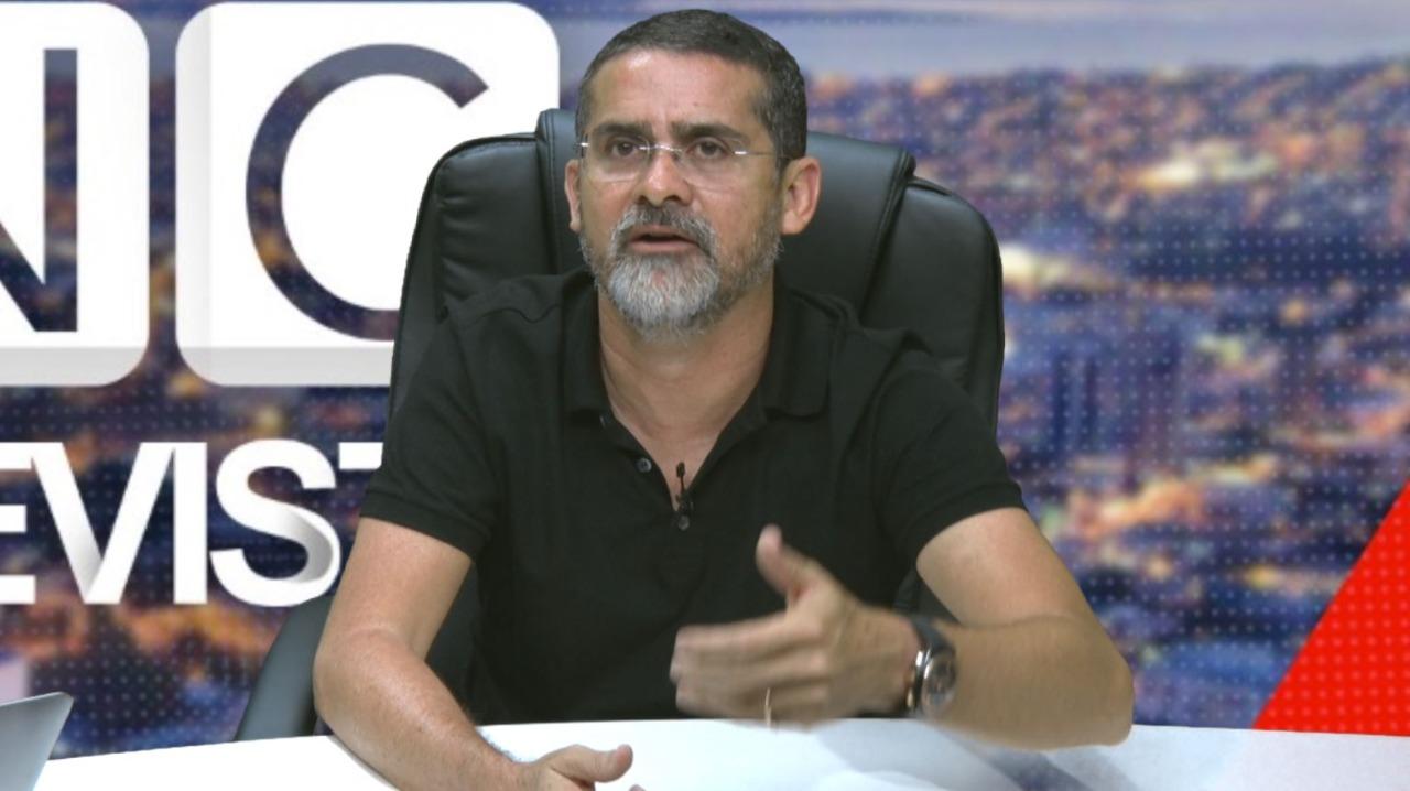 David Almeida dá pêsames a Amazonino pela morte da irmã