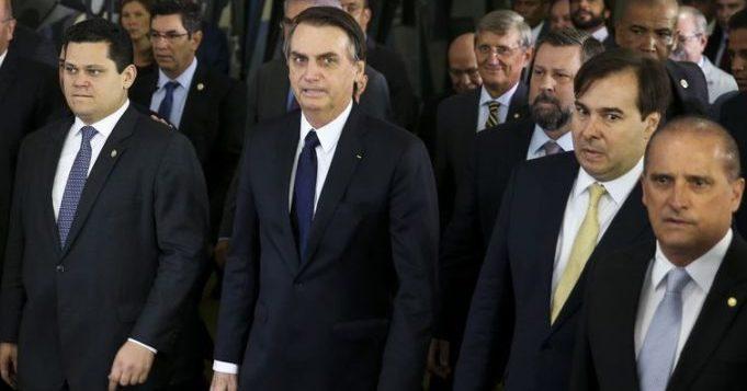 "Acordo Planalto/Congresso vai ""enterrar"" cobrança do imposto solar"