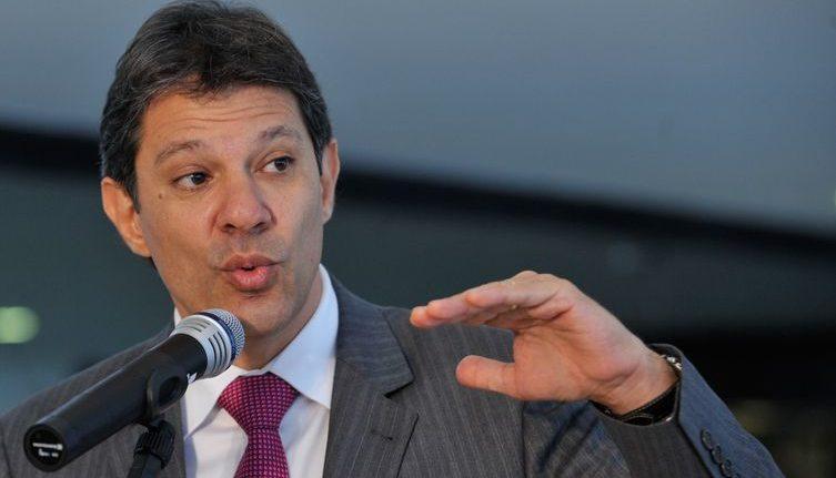 Haddad afirma não ser candidato em 2020 e Lula endossa