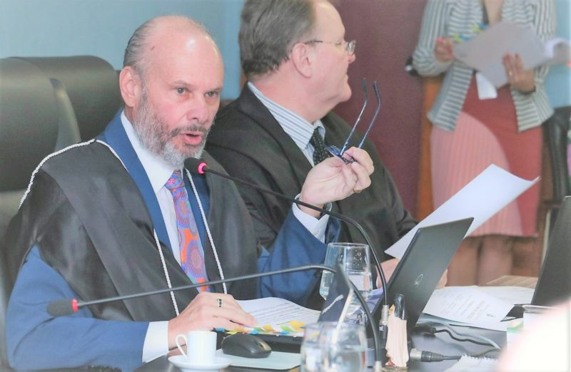 Definidos no TCE-AM relatores de contas de Wilson Lima e Arthur Neto