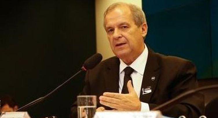 Paulo Martins assume lugar de Roberto Alvim, demitido da Cultura