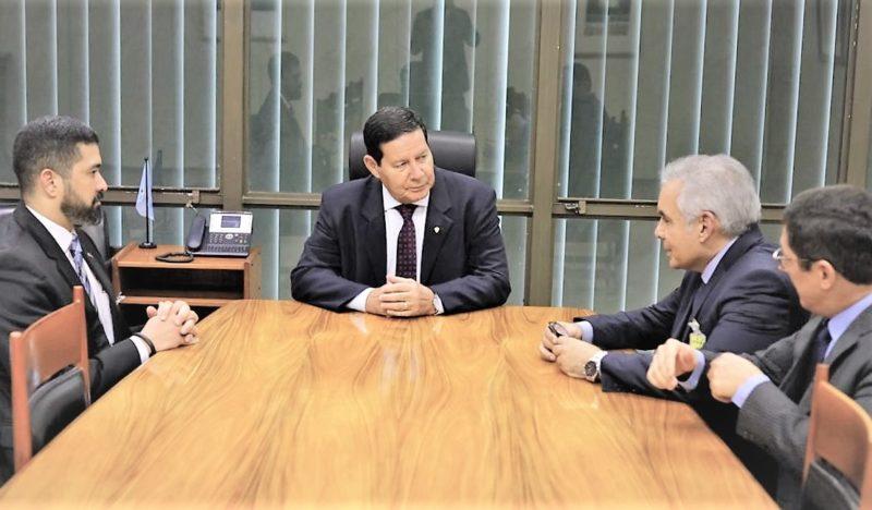 General Mourão e Augusto Aras confirmam presença em evento da Esmam