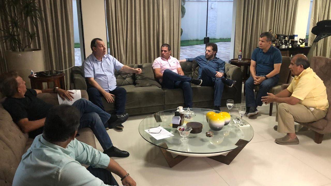 Bancada decide procurar Guedes para reverter redução do IPI dos concentrados