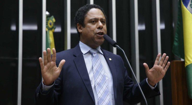 PCdoB rejeita chapa 2022 com PT na vice e ironiza Lula e Gleisi