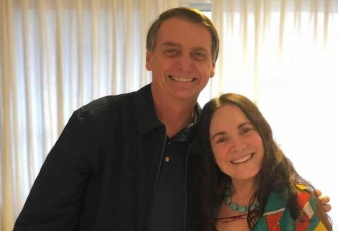 """Regina Duarte deixa Globo e aceita """"casamento"""" com Bolsonaro"""