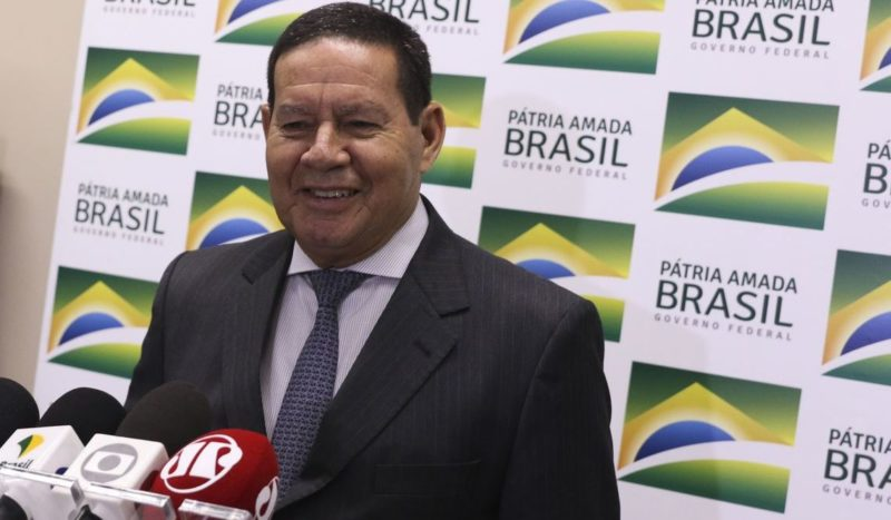 Mourão afirma a empresários que reforma tributária não mexe com ZFM