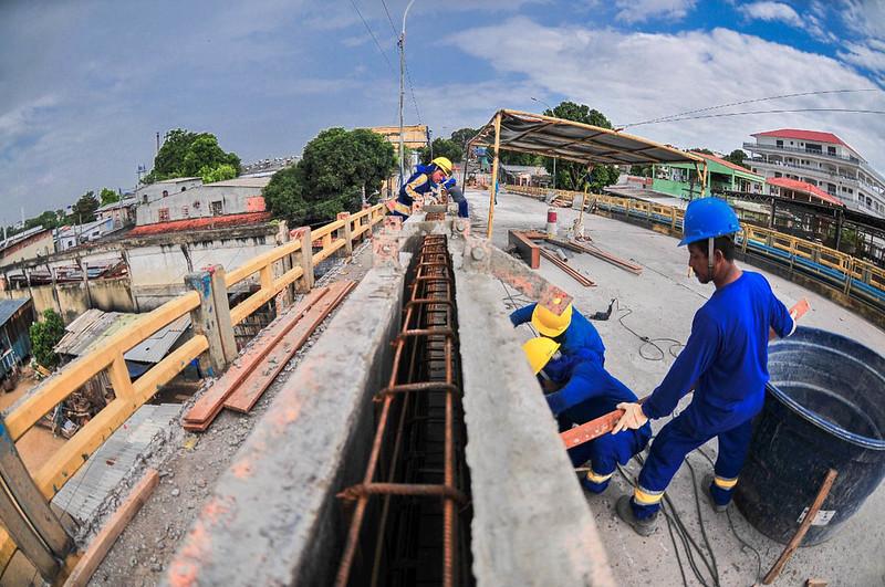 Ponte do Educandos tem 30% da obra de recuperação executada