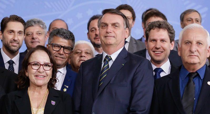 Bolsonaro amplia vantagem sobre adversários às eleições 2022