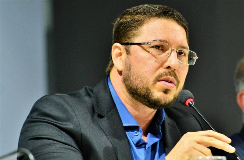 Oráculo de Carlos Almeida sobre a pandemia se confirma dois meses depois