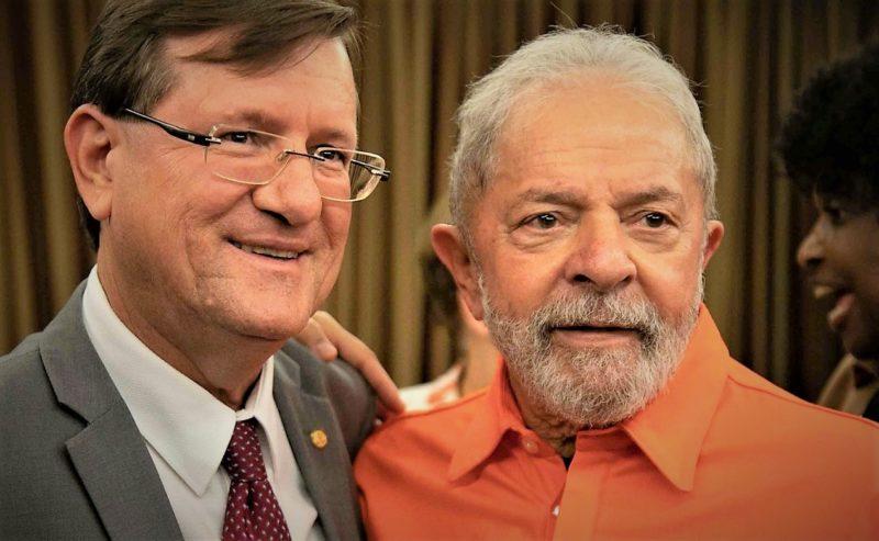 """""""Meu prefeito"""", diz Lula a José Ricardo em encontro do PT em Brasília"""