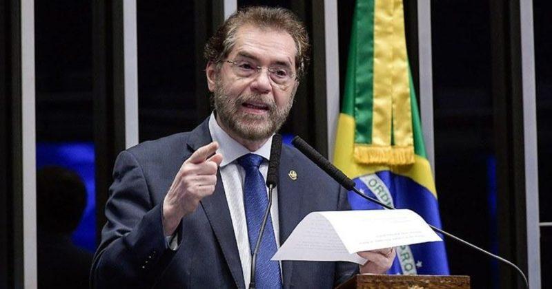 Parlamentares do AM reagem à convocação de Bolsonaro para atoanti-Congresso