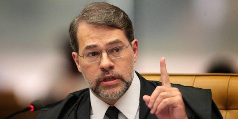 Vaga de senadora cassada será ocupada por terceiro colocado