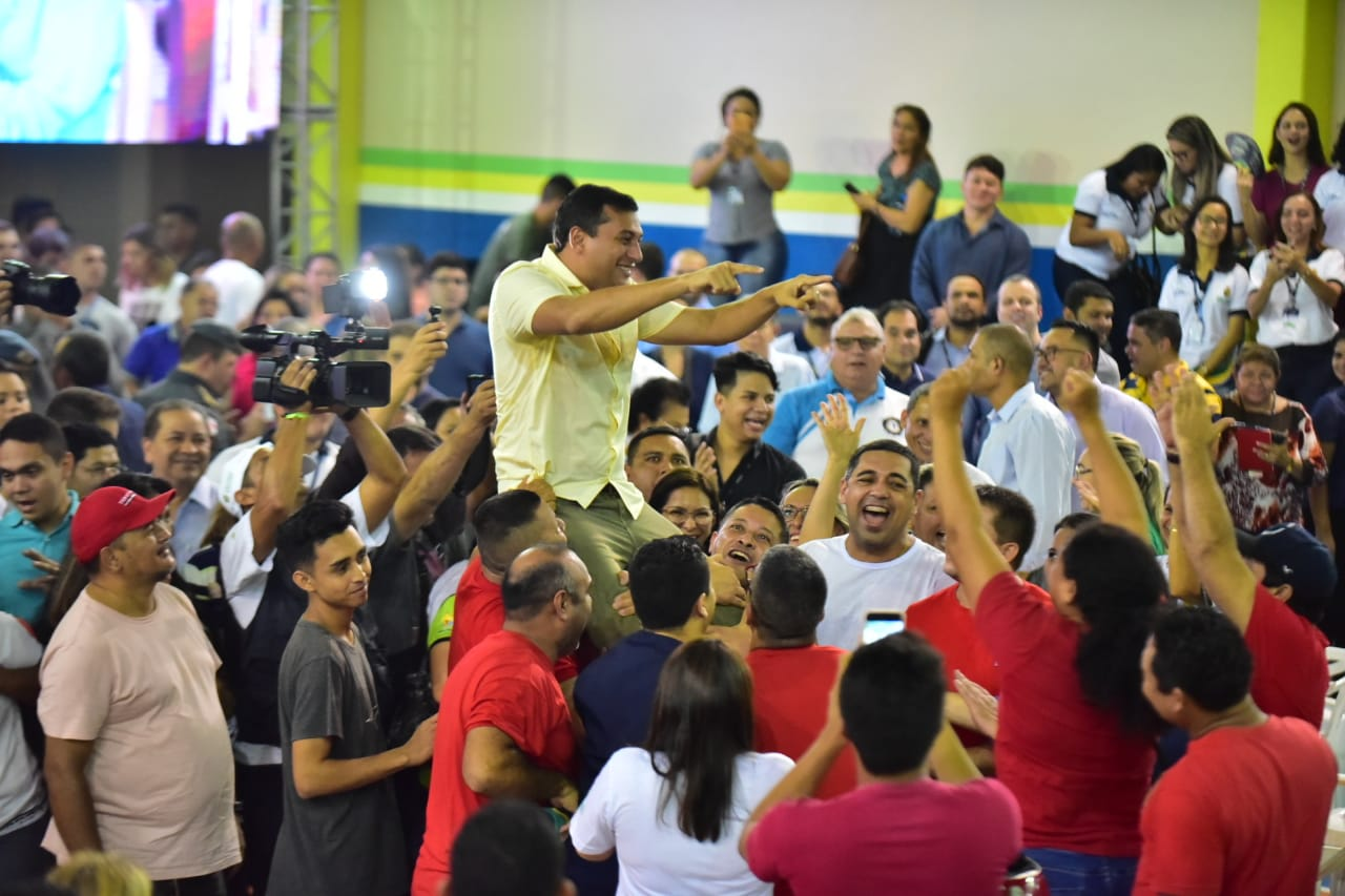 Wilson Lima anuncia convocação de 796 bombeiros médicos