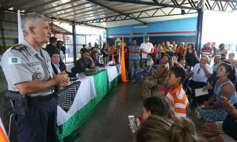 Escola cívico-militar afasta professores que tentaram aderir a sindicato
